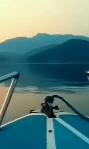 流水瀛湖广告片拍摄中……湖岛晚饭正在享受美食