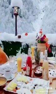 浪漫冬至,永生难忘。?腼腆幽默的你,是我今生最好的礼物。?感谢你的付出!?又是一年冬至,默默地祝你一生吉祥!快乐、安康!?#花房之夜