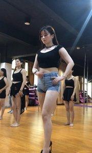 电话?情缘版舞蹈部分?