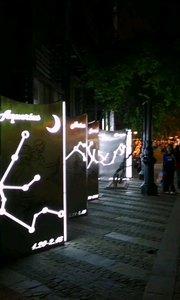 夜色正阑珊,微风徐来,南京1912街区,具有民国风格的建筑群,休闲,餐饮,还可以摄影创作拍摄出具有民国范儿的照片。