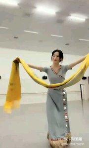 @花椒动态 藏舞别样的风情,别样的艺术享受@馨妍????? #爱跳舞的我最美 #我怎么这么好看