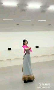 @花椒动态 @馨妍????? #爱跳舞的我最美 #主播的高光时刻 #最美舞者