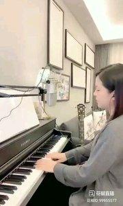 @爱唱歌的松叶叶 钢琴弹唱英语经典《带我飞向月球》#爱唱歌的松叶 #花椒音乐人