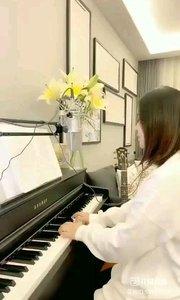 @爱唱歌的松叶叶 钢琴弹唱英语经典《抱歉》#爱唱歌的松叶 #花椒音乐人