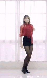 #性感不腻的热舞  今天的风格是高贵冷艳风《Senorita》 大家喜欢我这身打扮吗?
