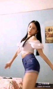 #性感不腻的热舞  @?可爱D娜娜? 朴实的女孩,舞出纯粹的青春,跳出青涩的岁月,可爱,单纯,你会喜欢她,会的