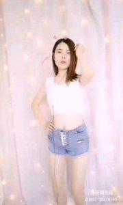 #性感不腻的热舞 @才艺?️辛儿?️ 朴质的女孩,舞出的是不一样的魅力,清新而纯真,优雅而深沉
