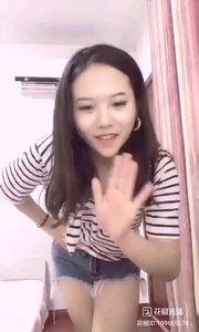 #性感不腻的热舞 @宣美 ? 朴质的脸蛋,朴质的笑容,却是不一般的舞技,舞出纯粹的青春