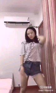 #性感不腻的热舞 @宣美 ? 朴质的脸蛋,朴质的笑容,不一样的舞技,不一样的魅力