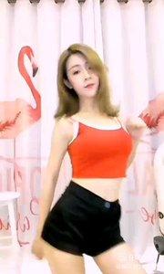 @波比`Poppy? #性感不腻的热舞 红色,代表活力和张扬,代表青春和娇艳,美,让人感染的美