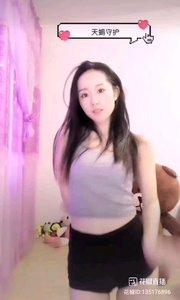 @唐心怡❣️ #性感不腻的热舞 文雅高贵的名字,与时尚的舞姿也能搭配的如此完美呢?