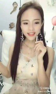 全能歌手 @珠茱? (五) #花椒音乐人 #主播的高光时刻 #我怎么这么好看 #晒我的今日最佳 #古风之美 —线上音乐会,本周四晚火热开始中?