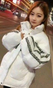小萝莉@Lxy(雨)F.馨雨宝宝:愿歌声让这个冬天不那么冷