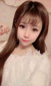 小萝莉@(F).馨雨宝宝:我可爱吗,没有化妆的宝宝。