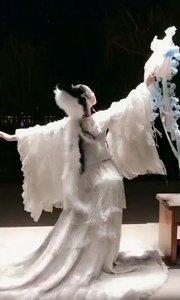 狐仙起舞?