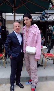 2020巴黎夏季男装时尚周,这样的衣服也只有凡凡才能驾驭的住