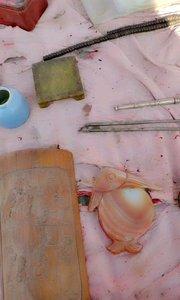 镇纸,玛瑙鱼形砚台,法郎彩熏香炉,银筷子,银烟嘴,