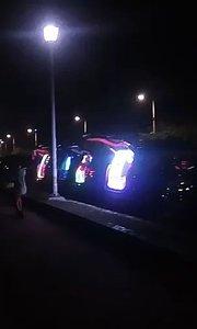 有沒有看過超炫的音響拼裝車啊?在台灣基隆外木山.....