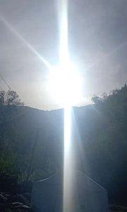 灿烂的阳光刘冰唱。