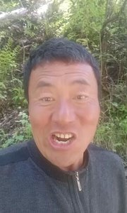 爸爸的节曰刘冰词曲唱。