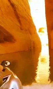 自驾游美国科罗拉多大峡谷#户外动起来 #搞笑不要停 #新主播来报道 #娱乐影视八卦 #带着花椒去旅行