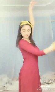 #爱跳舞的我最美 #主播的高光时刻 #性感不腻的热舞 #我怎么这么好看         @子芊小妞