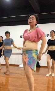 全网跳肚皮舞最有感觉的老师#性感不腻的热舞 @花椒头条