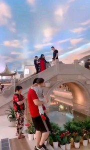 ?  中国最漂亮的高速服务区  ?