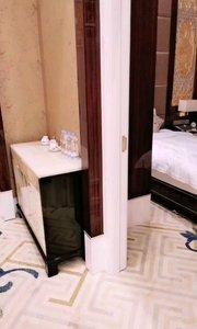 这个套房我一个人住,这大浴缸?实在是太浪费了!#性感不腻的热舞