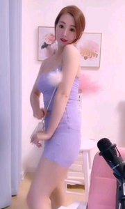 肤白貌美大长腿#性感不腻的热舞  《来自于美女@采妮lala? 直播间》