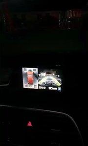 奥迪Q3安装亿车安D10流媒体全景记录仪,超清夜视广角,全车轨迹随动,亿车安360!装上立马就变豪车!!
