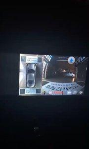 ?亿车安360导航一体机D9,娱乐导航一体 ?智能语音,全屏触摸,超清效果 ?顶级索尼镜头,无光黑光夜视 ?高清IPS屏,2.5D曲面屏,不反光 ?独立UI,与众不同,车模更漂亮 ?行车,倒车,转弯,侧停车,狭小限宽 导航360全景一体机,一句话的事?
