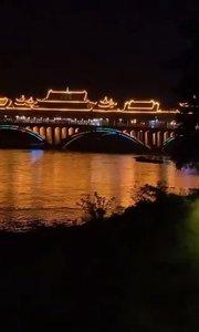 美翻了的雅安廊桥!