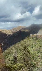 #雪山  我在这边山顶看那边山顶,只看到白茫茫一片!