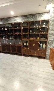 做工精美,古色古香,展示大气典雅的新中式情调。#新中式家具 #家具定制 #展示柜