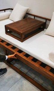 来客人了!赶紧滴把沙发拉出来当床用,这能行吗?肯定行!#罗汉床#伸缩床#罗汉榻#新中式家具#定制家具#