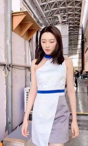 桥边姑娘刘诗琪回休息室被抓获