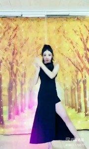 #婀娜多姿 #性感不腻的热舞 @✨火爆猴? #我怎么这么好看 #主播的高光时刻 #书画之美 《猴猴专辑》