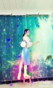 #翩翩起舞 @✨火爆猴? #主播的高光时刻 #我怎么这么好看 #我的秋日穿搭 《猴猴专辑》