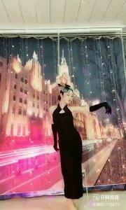#美妙动人 #爱跳舞的我最美 @✨火爆猴? #主播的高光时刻 #性感不腻的热舞 #我怎么这么好看 #一个眼神撩到你!
