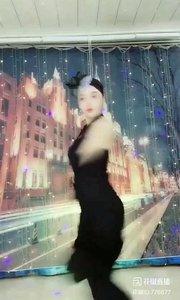 #爱跳舞的我最美 @✨火爆猴? #我怎么这么好看 #主播的高光时刻 #性感不腻的热舞 #一个眼神撩到你! 《猴猴专辑》