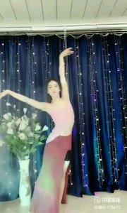 #最美舞蹈 @✨火爆猴? #我怎么这么好看 #性感不腻的热舞 #双十一五折卖自己 #爱跳舞的我最美 #主播的高光时刻 《猴猴专辑》