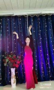 #轻歌曼舞 @✨火爆猴? #我怎么这么好看 #性感不腻的热舞 #主播的高光时刻 《猴猴专辑》