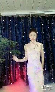 #爱跳舞的我最美 @✨火爆猴? #性感不腻的热舞 #主播的高光时刻 #我怎么这么好看