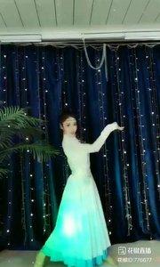#民族舞欣赏  #主播的高光时刻  #我怎么这么好看  @✨火爆猴?  #性感不腻的热舞