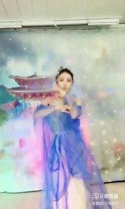 #我怎么这么好看  #性感不腻的热舞  @✨火爆猴?  #主播的高光时刻  #爱跳舞的我最美