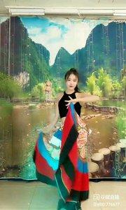 #最炫民族舞  @✨火爆猴?  #我怎么这么好看  #主播的高光时刻  #花椒大拜年