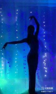 #剪影舞欣赏  @✨火爆猴?  #我怎么这么好看  #主播的高光时刻  #性感不腻的热舞