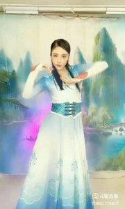 #最炫民族舞  @✨火爆猴?  #我怎么这么好看  #主播的高光时刻  #性感不腻的热舞
