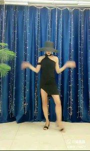 #轻盈飘逸  @✨火爆猴?  #性感不腻的热舞  #主播的高光时刻  #我怎么这么好看